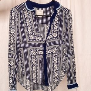 MAEVE X ANTHRO blue & white floral button blouse